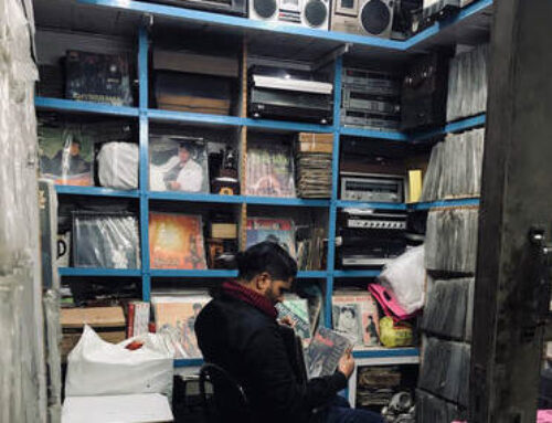 A dirty guide to record hunting in Delhi and Calcutta (Kolkata)